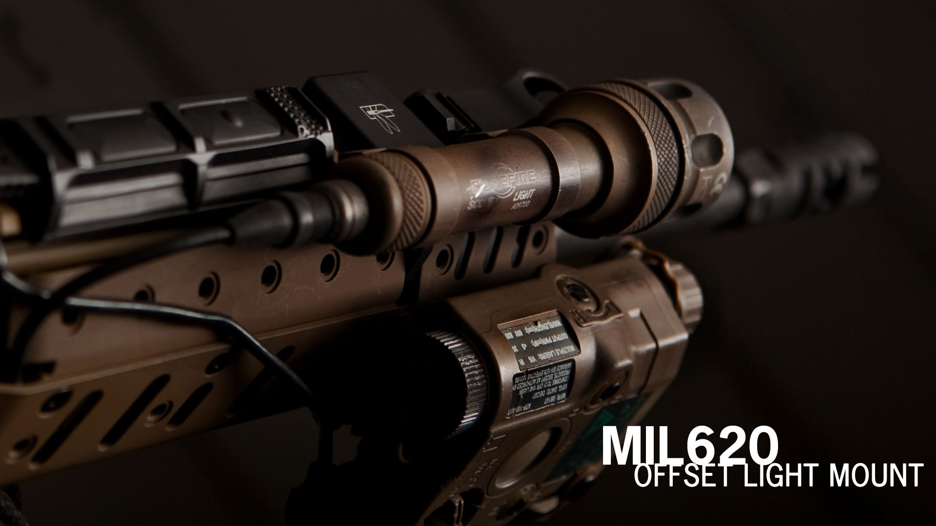 MIL 620 Offset Adaptive Light Mount